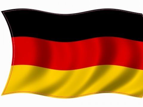 deutschland-fahne-wehend