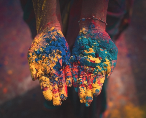 India, colours, hands